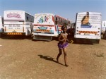 Zwelethu Mthethwa, Maidens 49, 2006, 57x 71 cm, Ed.4+2 EA, , 102 x 127 cm, Ed.2+2 EA, Diasec; gerahmt