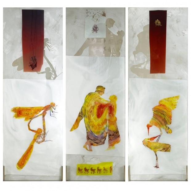 Jörg Länger, Drei Küsse (Libellenkuss, Menschenkuss, Kranichkuss), 2010, Keramikfarben, mundgeblasene Antikgläser und Sandstrahlung auf ESG Glas, 160x60 cm, Edelstahlsockel