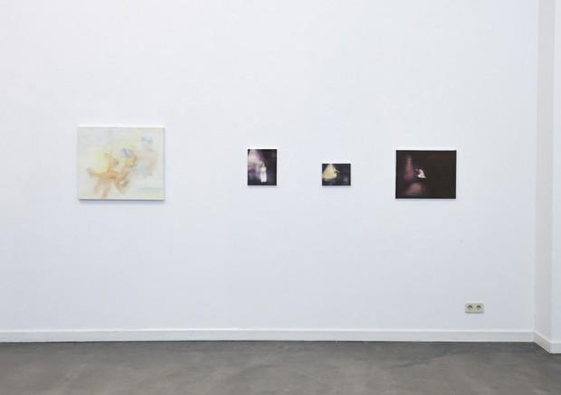 Galerieansicht mit Werken von Barbara Petzold