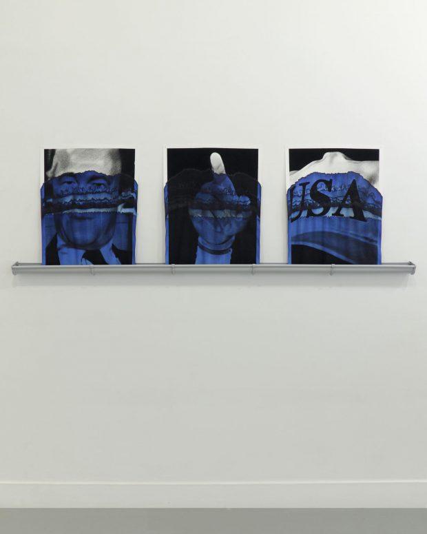 Valentin van der Meulen, Serie Blue, Richard Helms, James Lebron, Baseballmütze Trump, 2018, Kohle auf Löschpapier, blaue Tinte, 65 x 60 cm